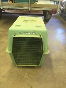 Dog crate/kennel