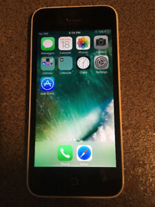 IPhone 5C with Otterbox Case (BELL)