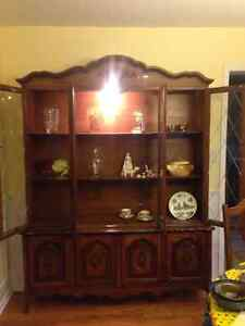 Complete Dining Table Suite - Table, 6 Chairs, and China Cabinet Belleville Belleville Area image 2