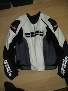 $200 obo: Siz 50 speed and strength leather motorcycle jacket