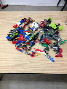Various Bionicle Pieces. Lots of Pics.