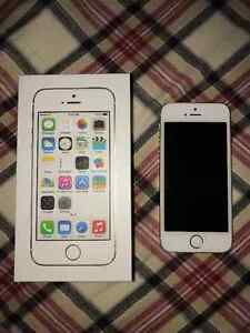 iPhone 5s Gold 16g FOR SALE! Cambridge Kitchener Area image 1