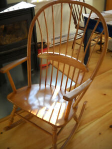 SENIORS DOWNSIZING FORCES SALE OF CLASSIC FULL SIZE ROCKERS