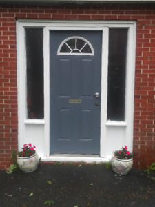 Bright 1 bdrm with outside entrance and LED lights