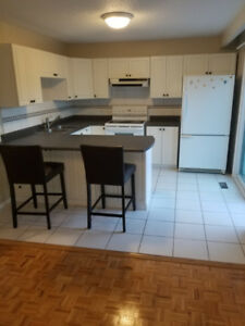 Bachelor Studio for 1 person for RENT OCTOBER 1
