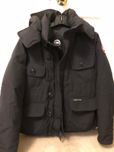 Men's Canada Goose Selkirk Jacket (Size L) with Gloves