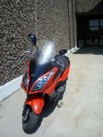 SELLING 2013 KYMCO 'DOWNTOWN' AUTOMATIC