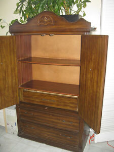 Vintage buffet hutch for sale -$150