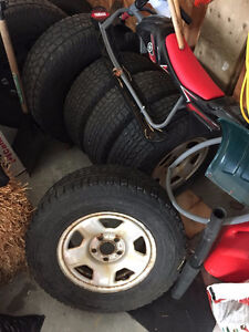 "Set of Four - 15"" Winterforce snow tires on Ford Rims Kitchener / Waterloo Kitchener Area image 3"