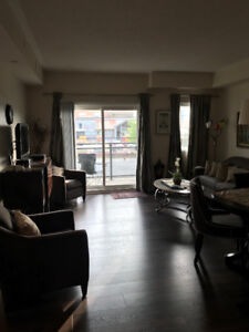 Luxury 2 Bedrooms + Den fully furnished