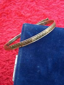 9ct gold bangle rose gold