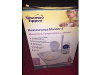 Reassurance Monitor 8 temperature and sound
