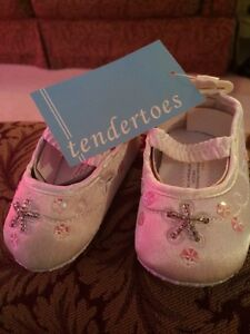 NEW tendertoes size 2 shoes