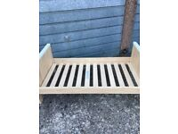 Toddler bed excellent condition
