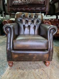 Antique Gold Thomas Lloyd Chesterfield Chair