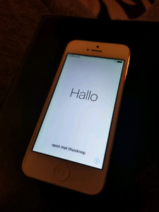 IPhone 16gb mint conditon bell/virgin