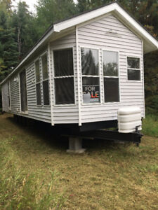 Mini mobile home for sale - must be moved