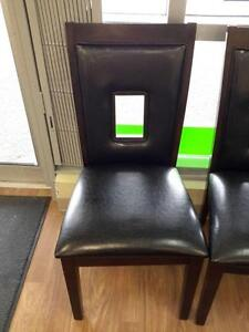 *** USED *** MAZIN FURNITURE 2528S CHAIR   S/N:51204238   #STORE516