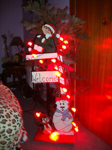 4' Wood Welcome Sign With Lights, Dogwood & Spruce Kawartha Lakes Peterborough Area image 4