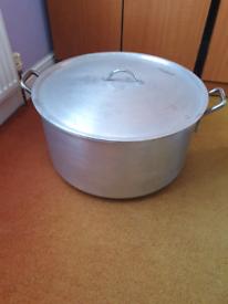 53cm Metal cooking pot with lid (Stock pot)