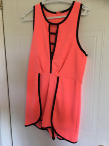 Ladies Clothing Lot- 20 items! Can deliver
