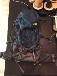 70 L North Face Fovero Backpack