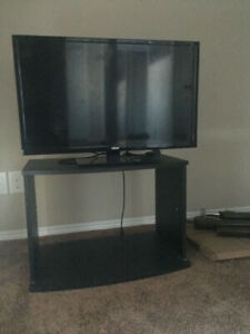 FLAT SCREEN TV AND STAND FOR SALE!!!