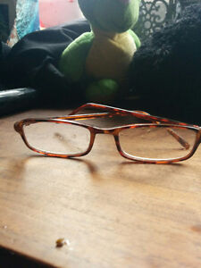 Child's Glasses found in Breithaupt Park Kitchener / Waterloo Kitchener Area image 1