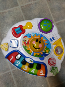 Baby genius activity stand table