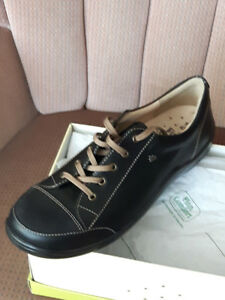Men's Shoes - Finn Comfort - Size 8