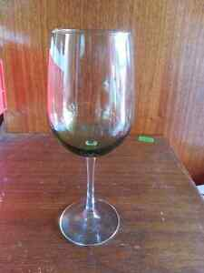3 different Wine glass sets