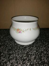 Small Floral Pot