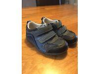 Boys Clarks shoes size 7G