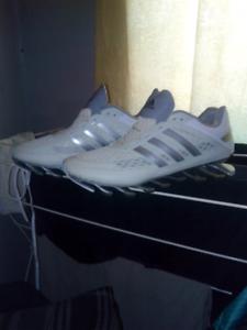 27003035b3c7 As new  Adidas Spring Blades (white  47 Silver)