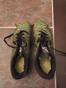 Youth Addias Soccer Cleats Size 3