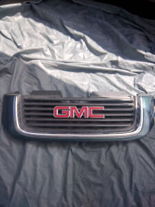 2002-2009 GMC Envoy factory front Grille