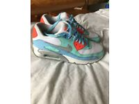 Nike air max size 4.5 worn twice