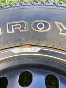 P245 / 65 R17 Uniroyal Laredo Tires/Rims for Sale
