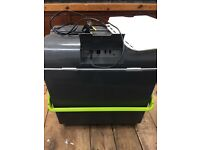 Outwell mains / 12 v coolbox