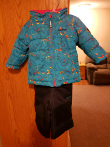 Oshkosh 2 peice snow suit for 12 months old