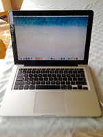 13-Inch Macbook Pro Very Lightly Used- Perfect For Students