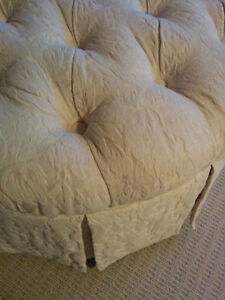Love Seat Couch - Off White - *PP and Ottoman Cambridge Kitchener Area image 5