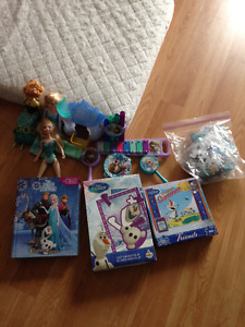 Bundles of different kind of toys and games for age 0-10 years