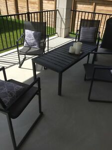 Gluckstein modern patio set