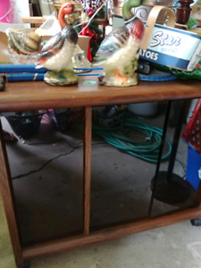 Stero/TV stand with cabnet
