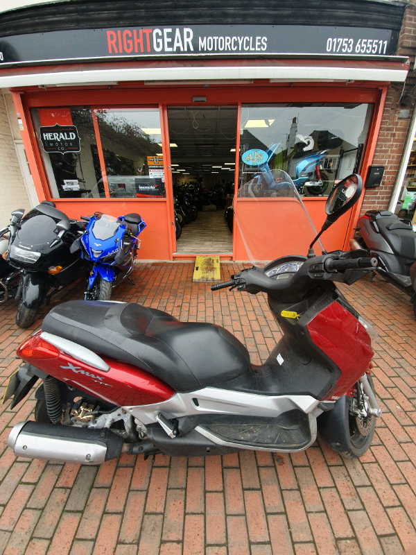 12k In Miles >> Yamaha 250 X Max Scooter 2006 12k Miles In Iver Buckinghamshire Gumtree