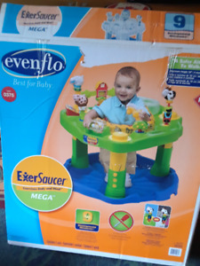 Baby bouncer and activity centre (Evenflo)