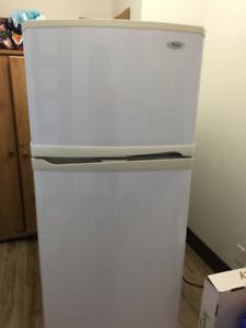 Réfrigérateur Whirlpool 19 pieds cubes