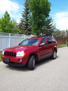 2005 Jeep Grand Cherokee Leather SUV, Crossover