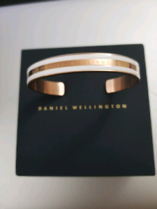 *BRAND NEW* Daniel Wellington Women's Bracelet